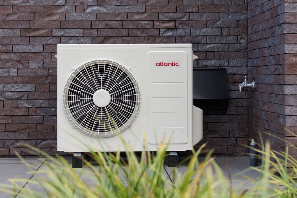 NIEUW: Hybride warmtepomp zonder binnen unit